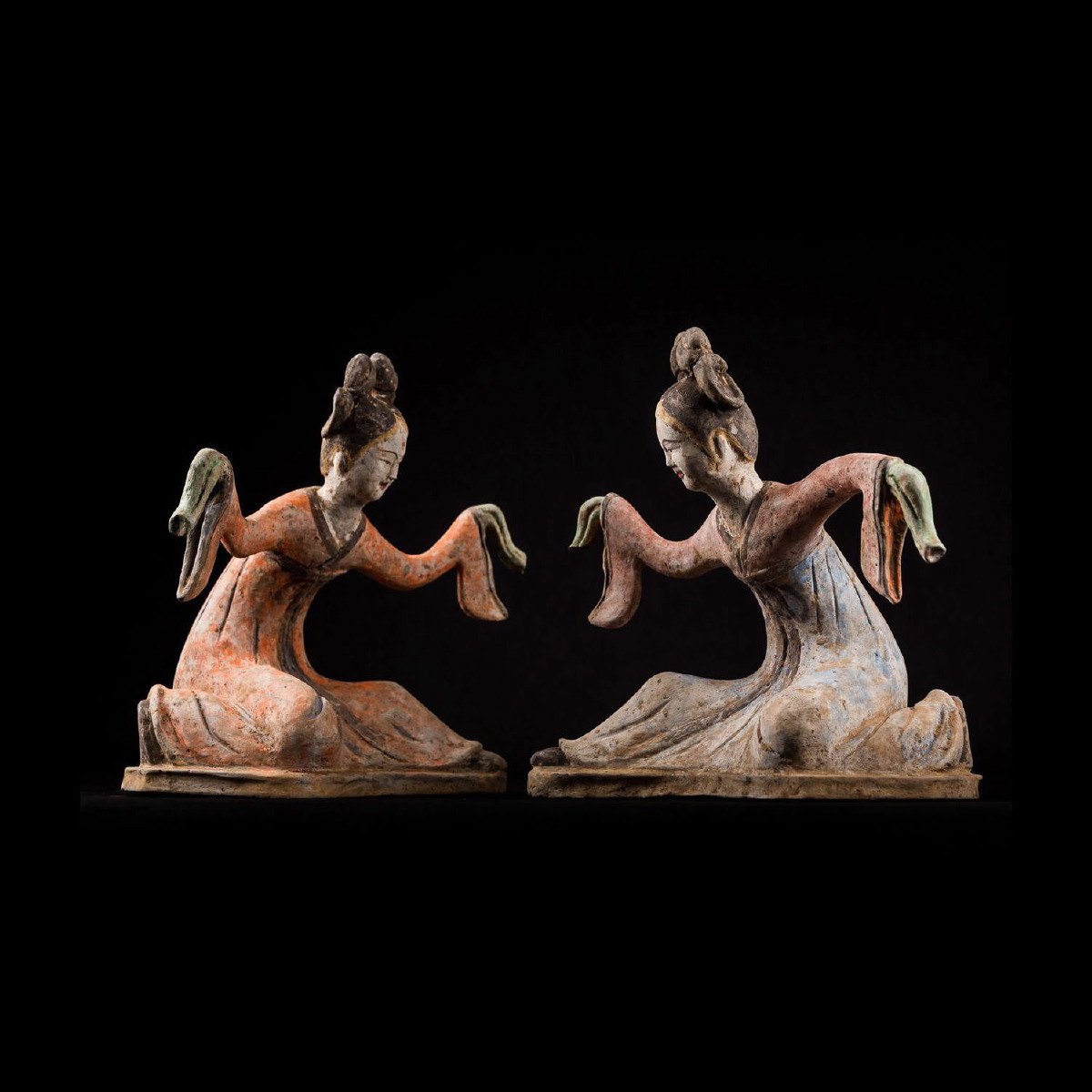 Photo of PAIR OF DANCERS BOWING IN REVERENCE