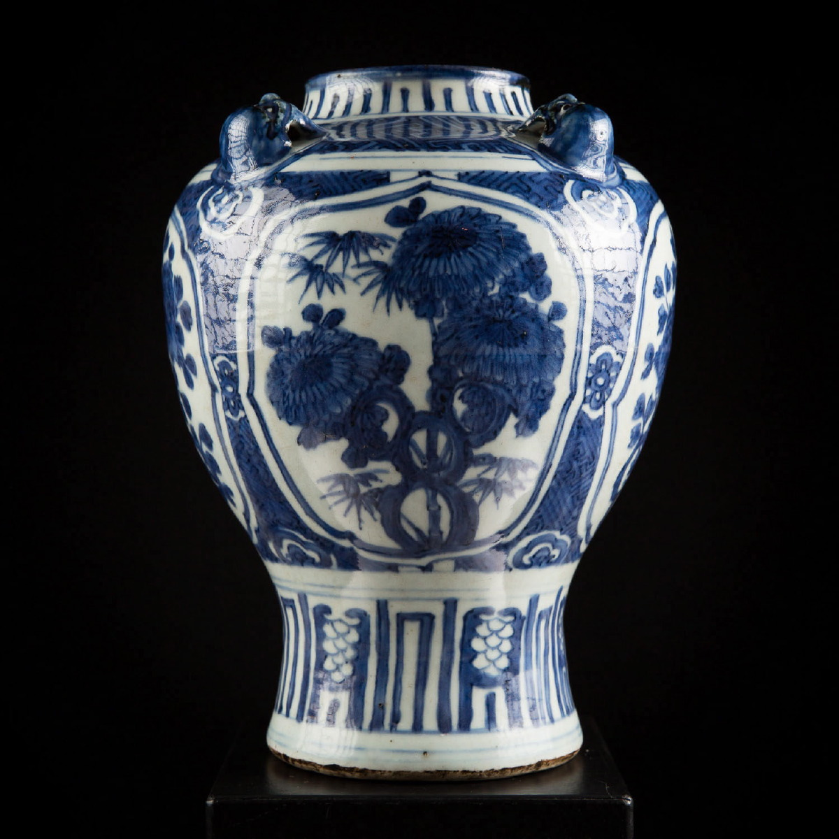 Photo of BLUE AND WHITE VASE METROPOLITAN MUSEUM