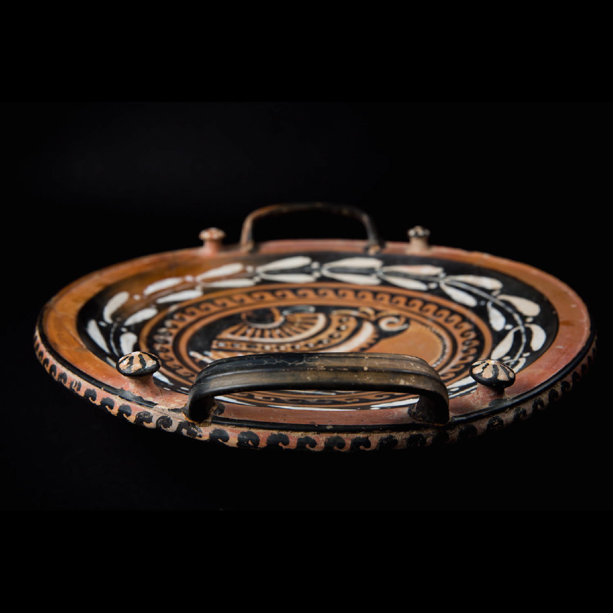 Photo of APULIAN BLACK AND RED PLATE