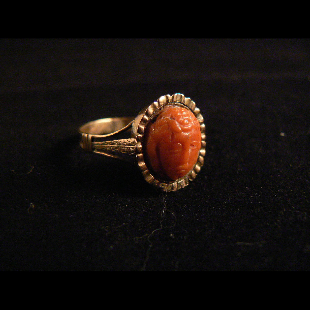 Photo of PINK GOLD RING WITH ANCIENT SICILIAN CORAL MEDUSA