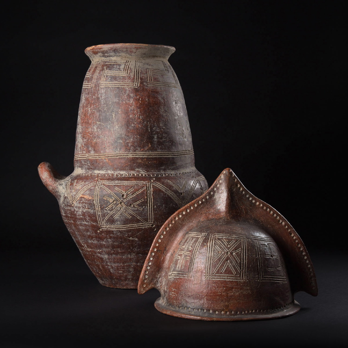Photo of RARE ETRUSCAN URN