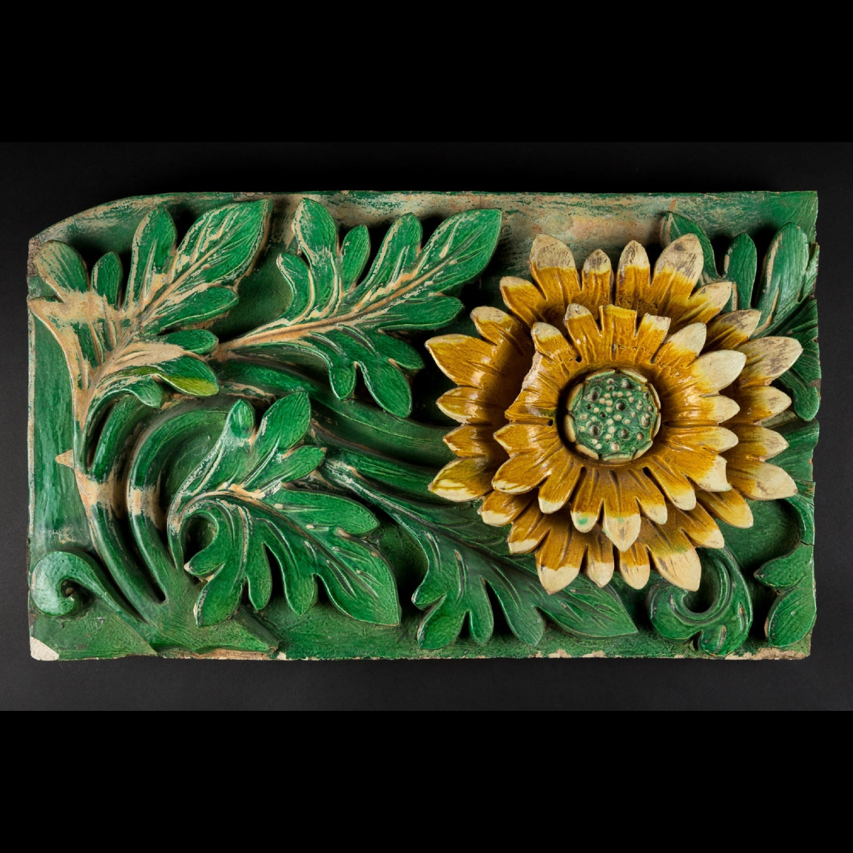 Photo of ORNAMENTAL PAIR OF BRICKS WITH FLORAL DECORATION