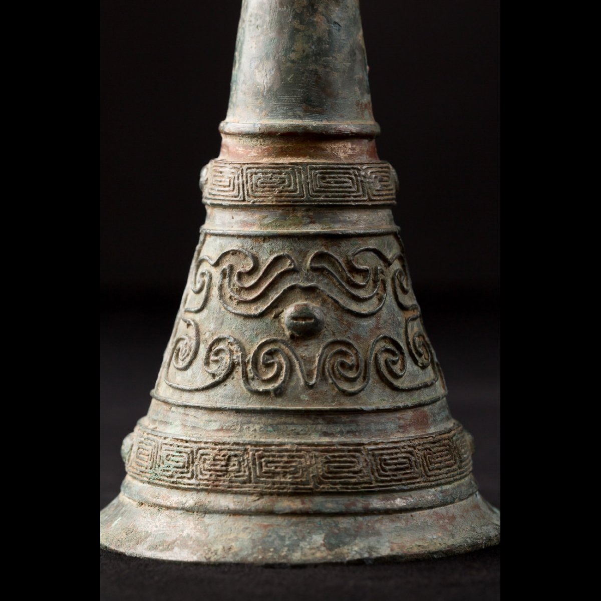 Photo of RITUAL GU BRONZE SILVERED VESSEL
