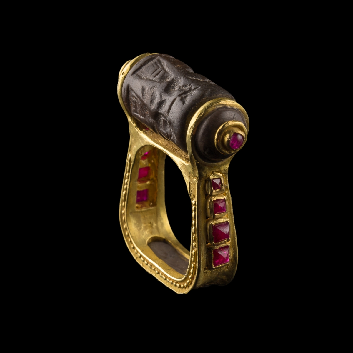 Photo of RING WITH MESOPOTAMIAN SEAL AND RUBIES