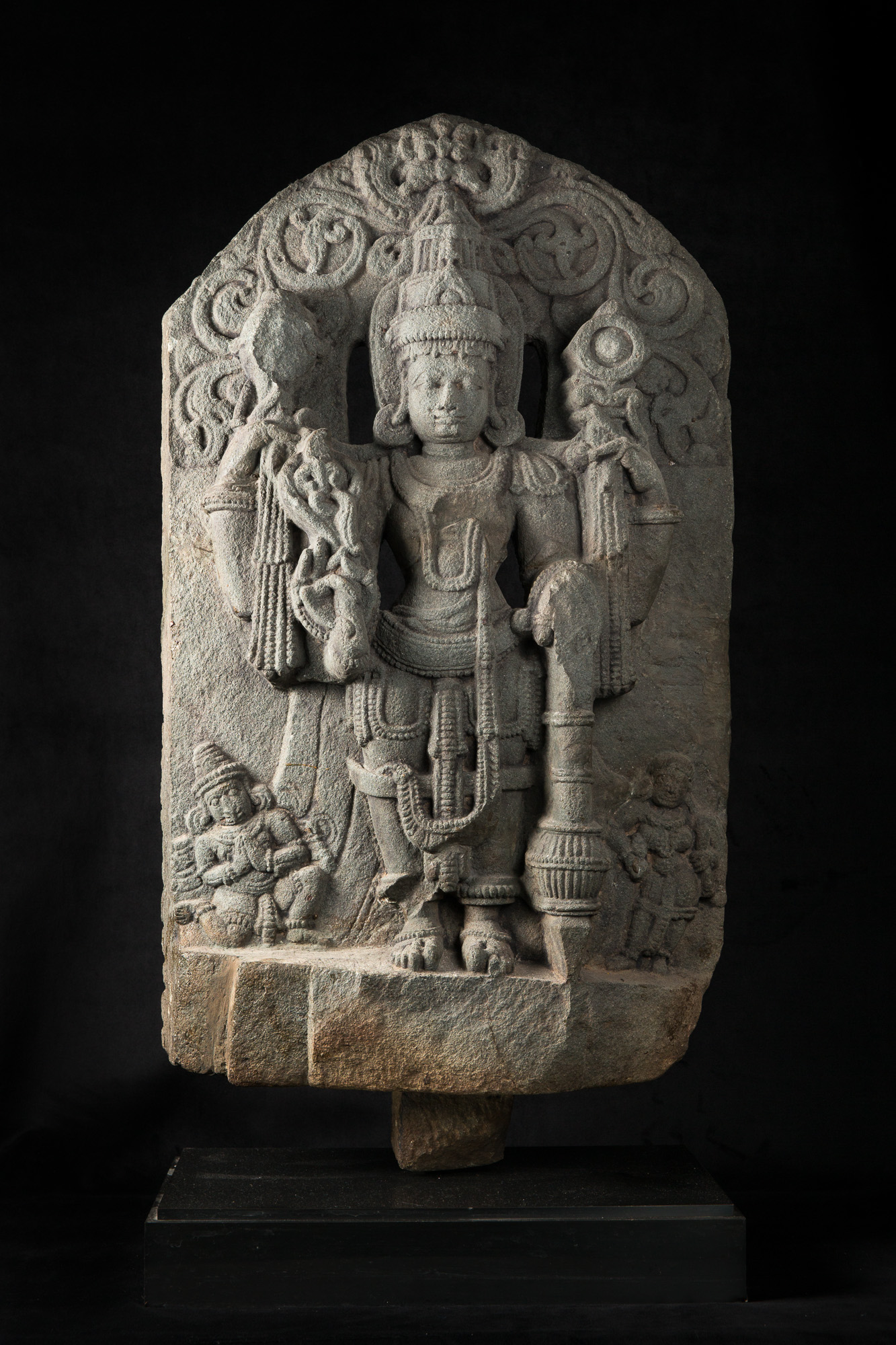 Photo ofSTELE OF VISHNU VÃSUDEVA