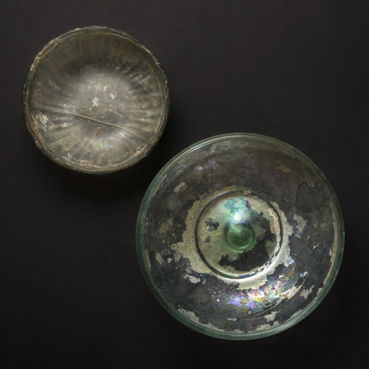 Photo ofLARGE ROMAN GLASS CHALICE