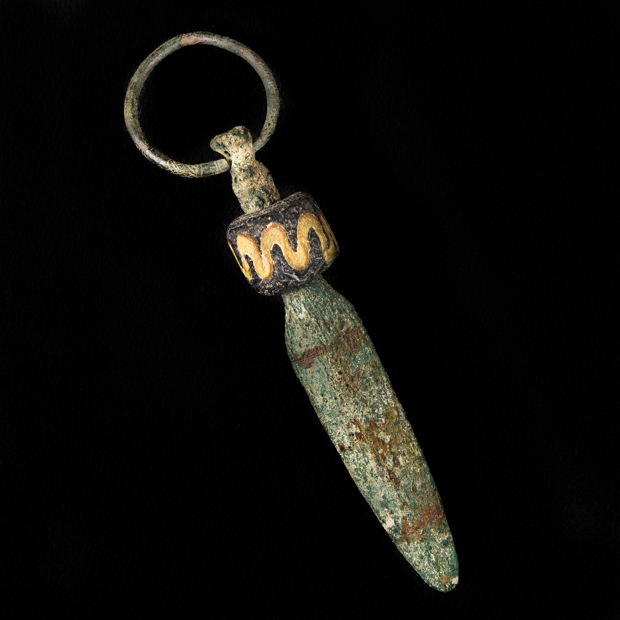 Photo of BELT DAGGER IN BRONZE