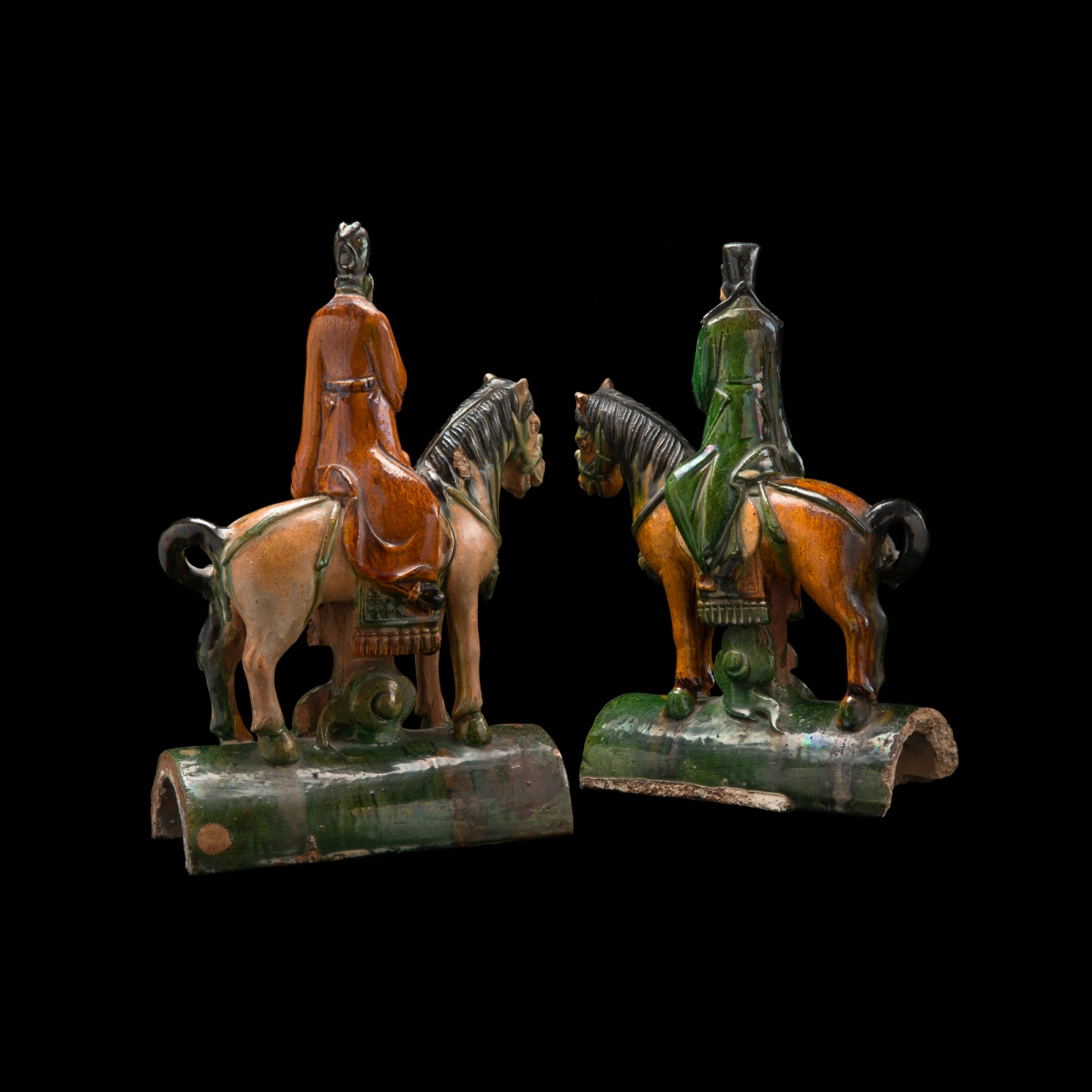Photo of PAIR OF EXCELLENT TILES WITH HORSES