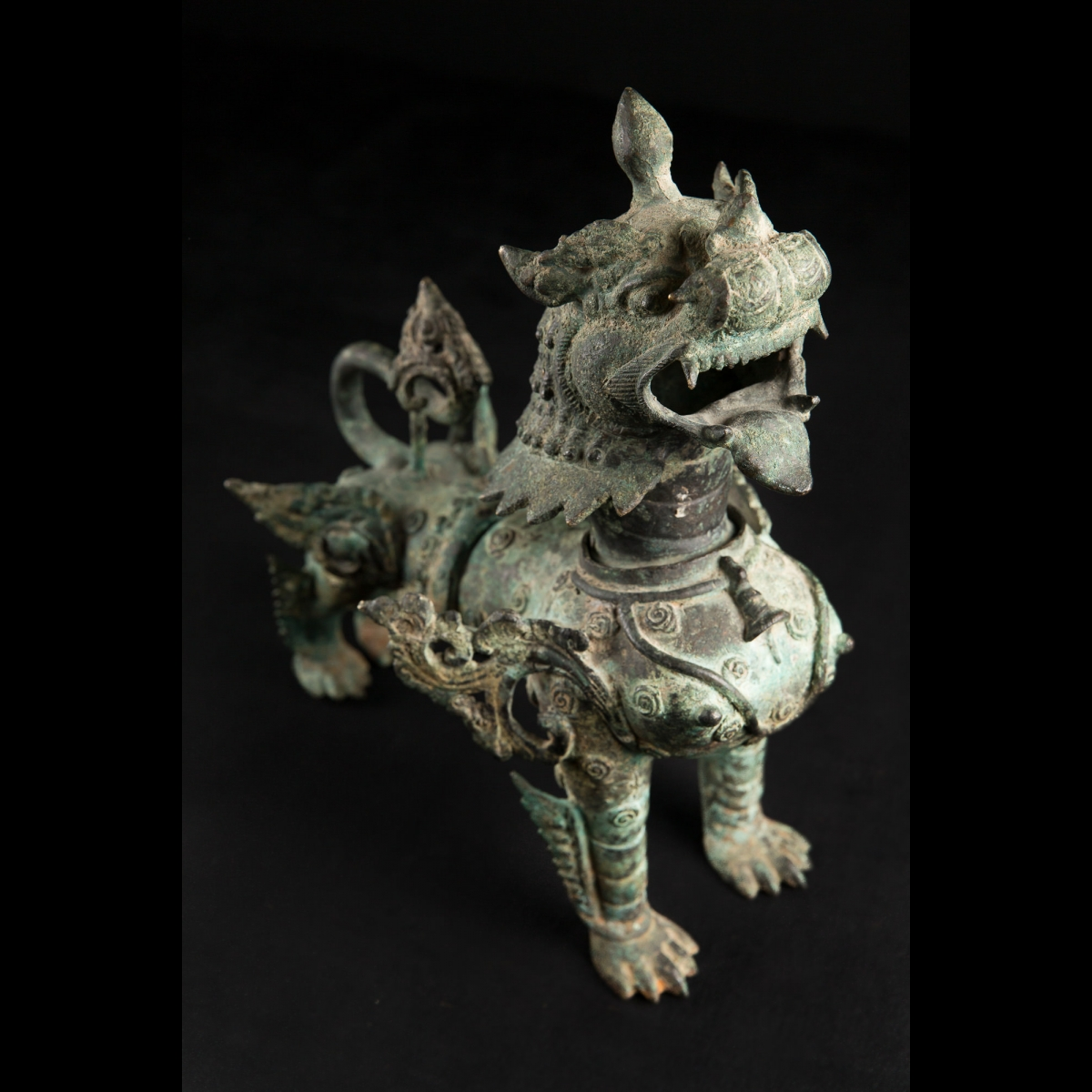 Photo of FANTASTIC NEPALESE LION-DOG (SHINGA) FIGURINE