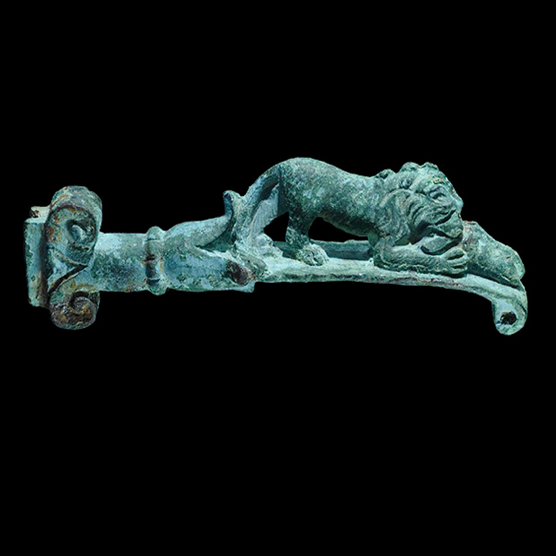 Photo ofKNIFE HANDLE WITH LION IN BRONZE